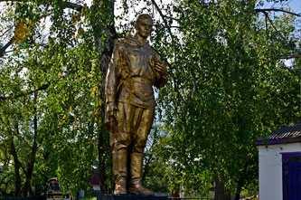Памятник погибшим воинам-односельчанам