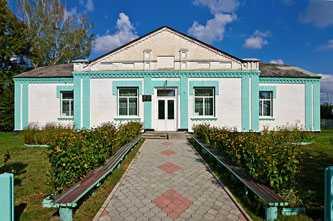 Сельский клуб в селе Березняки