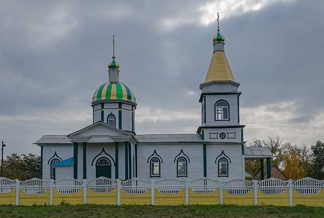 Церковь в Бирках