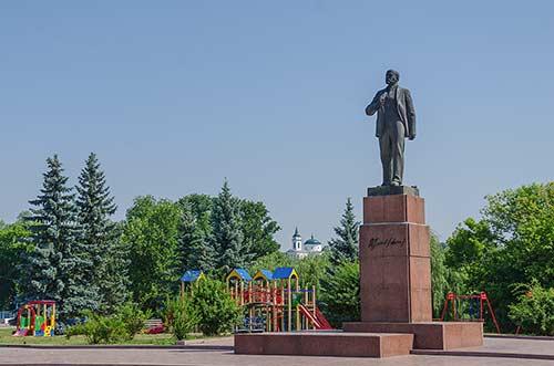 Памятник Ленину в Богуславе