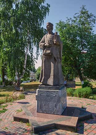 Памятник Ярославу Мудрому в Богуславе