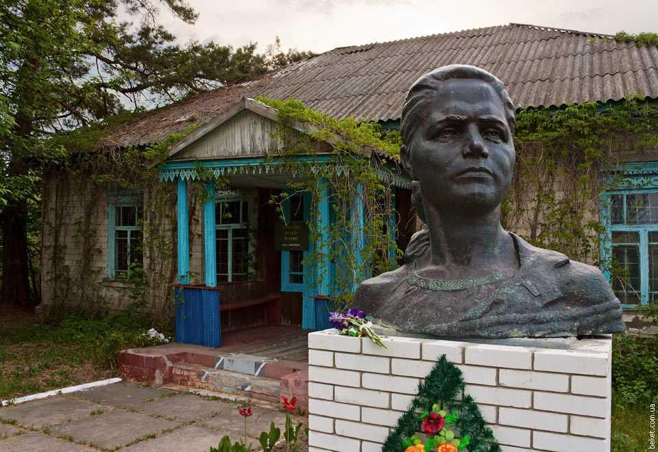 Народный музей в селе Дмитровка