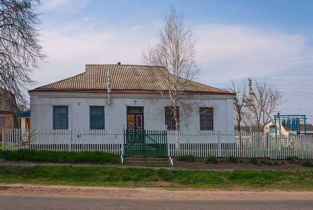 Церковь в селе Гарбузин
