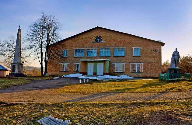 Дом Культуры в Головятино