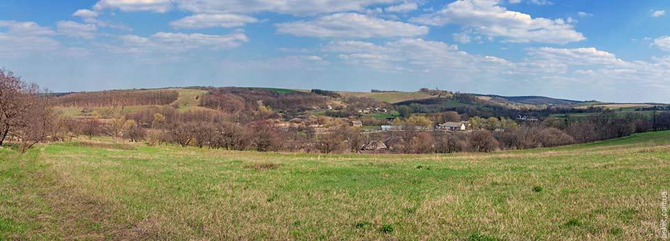 Панорама села Ивковцы