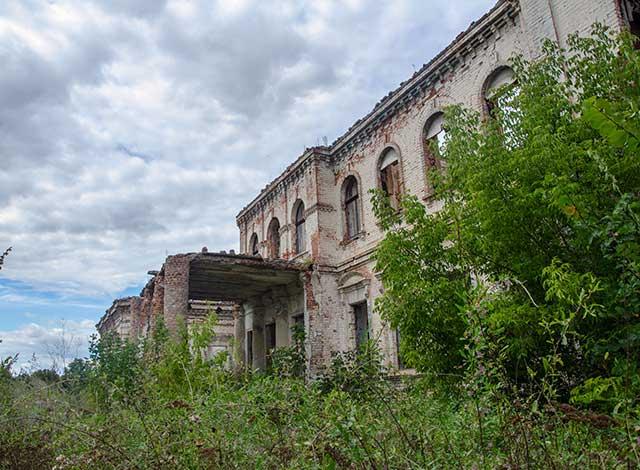 Руины дворца Вимберга в Кировоградской области