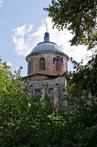 Покровская церковь в Буртах