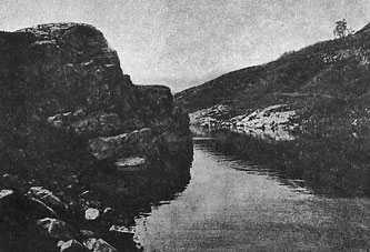 Пушкинская скала на речке Тясмин