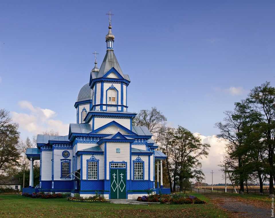 Николаевская церковь в Скориковке