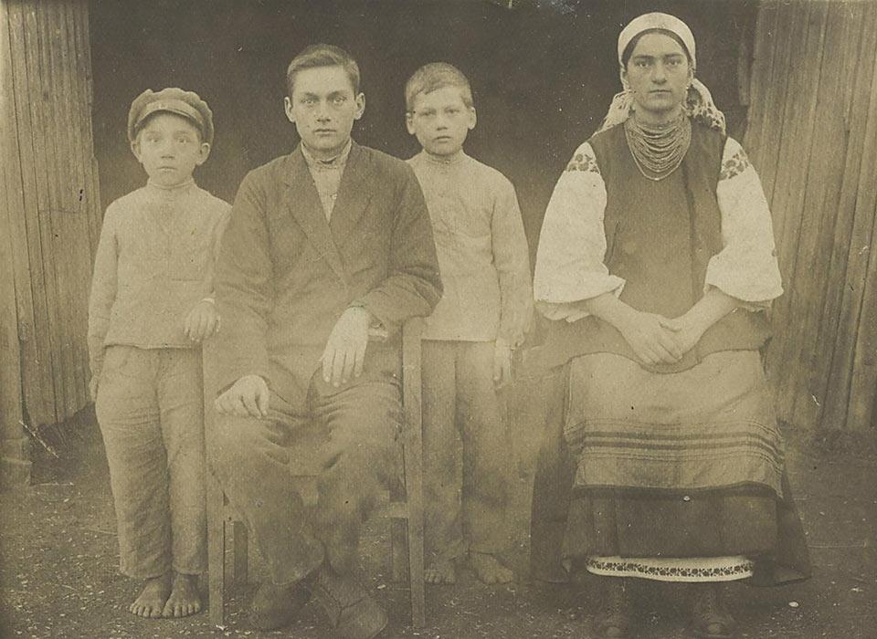 Фотография дедушки из Нехаек