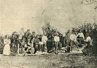 Крестьяне копают могилу Тарасу Шевченко на Чернечьей горе возле Канева, 1861