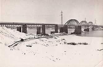Каневский железнодорожный мост