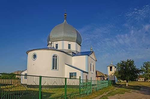 Свято-Алексеевская церковь в Лазурном
