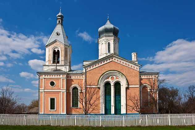 Церковь в селе Медведовка