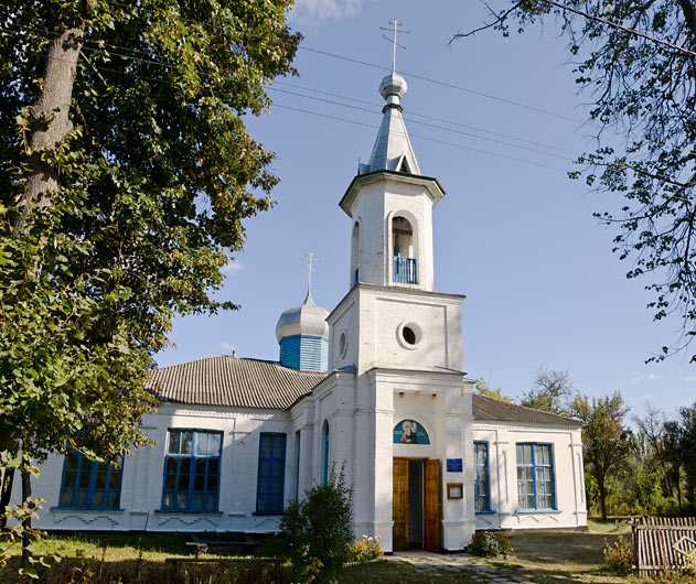 Церковь в селе Моринцы