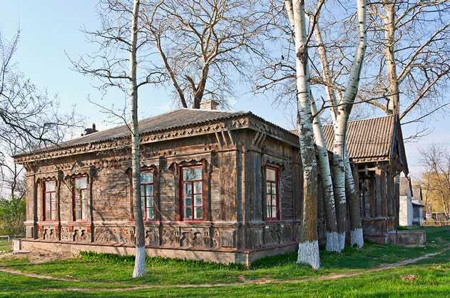 Деревянный лечебный дом, возведенный архитектором Владиславом Городецким в селе Мошны