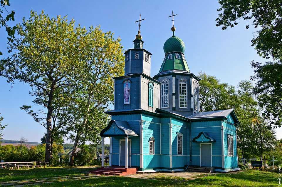 Церковь Святого Николая в селе Набоков