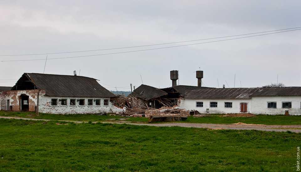 Следы пребывания трансформеров в селе Новоселица