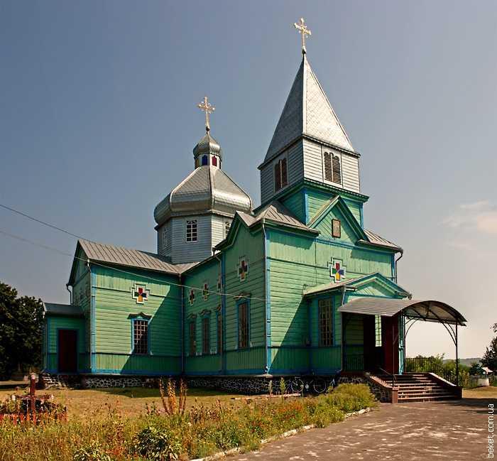 Николаевская церковь в селе Орловец