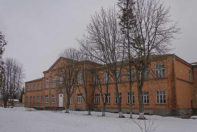 Школа в селе Песчаное