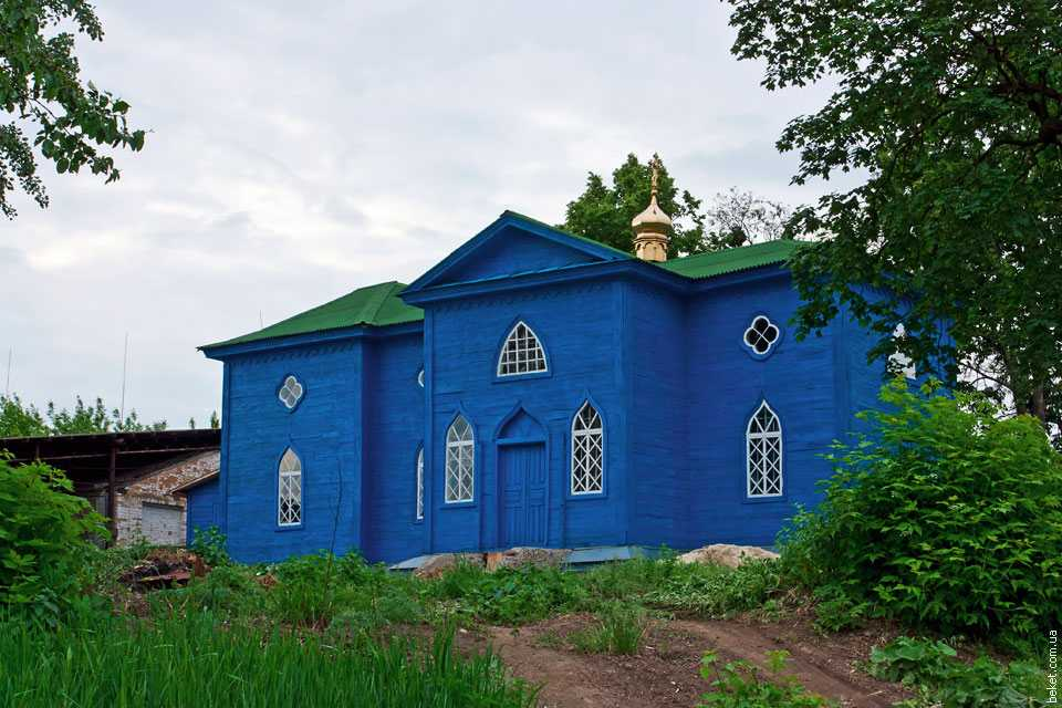 Церковь в селе Плескачевка