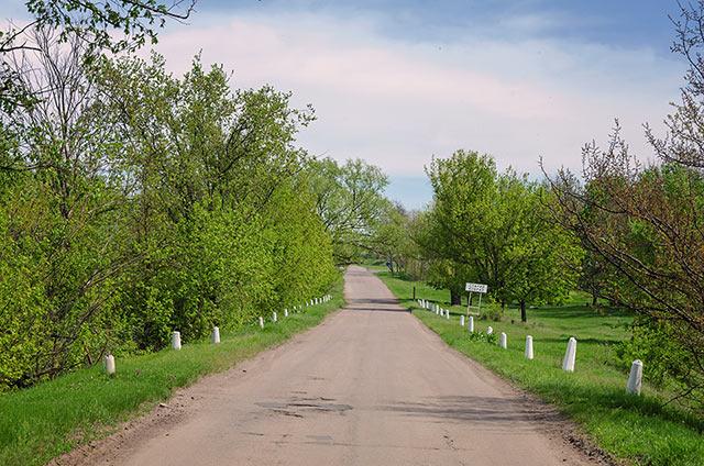 Въезд в село Старый Коврай