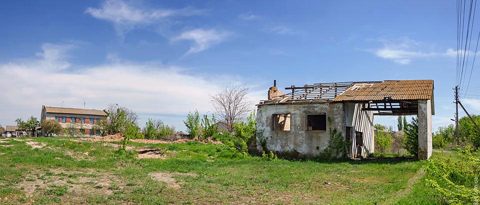 Руины в Старом Коврае
