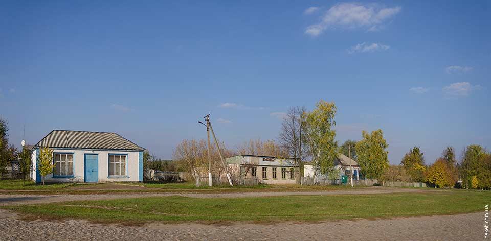 В центре села Ставидла