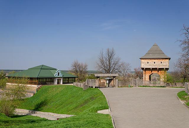 Реконструкция замка Хмельницких