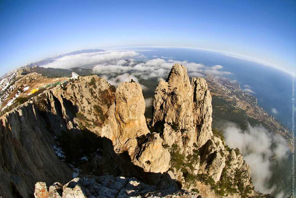 Гора Ай-Петри, вид на город Ялту